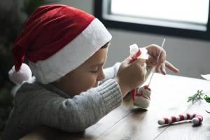 Juleværksted: Tips til julegaver og julepynt som børn kan lave