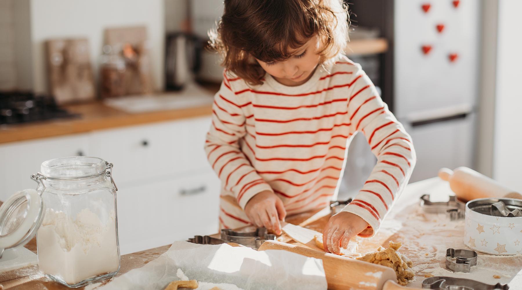 Her er tips til julepynt og personlige hjemmelavede gaver, som du kan lave sammen med børnene