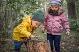 Hvilket skiftetøj bør barnet have i børnehaven?
