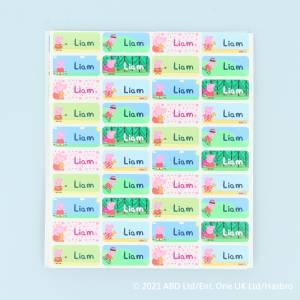 Farverige navnelapper med Gurli Gris